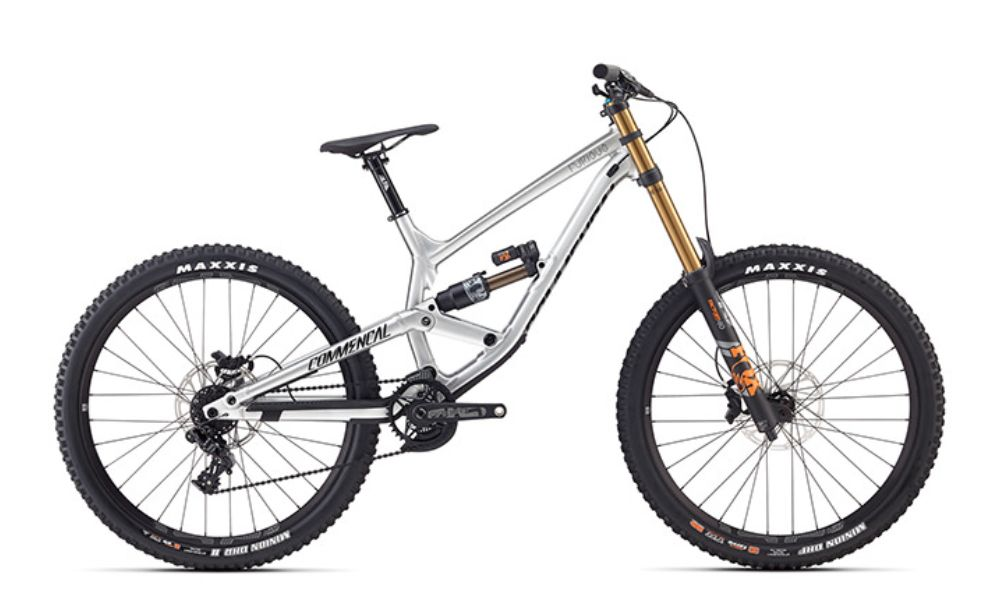 2018 Commencal Furious Race Brushed Freeride kerékpár