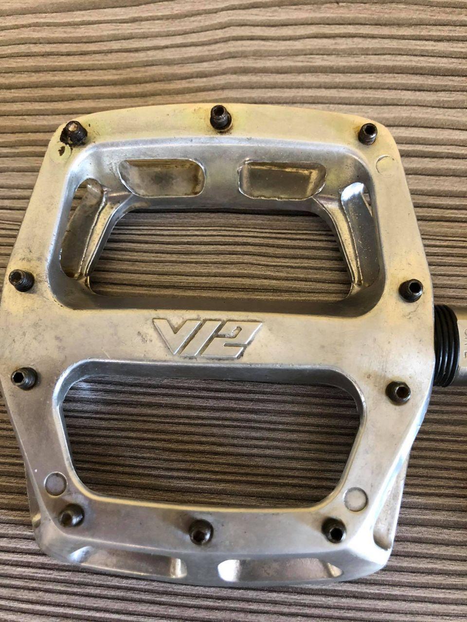 DMR Flat V12 Pedál